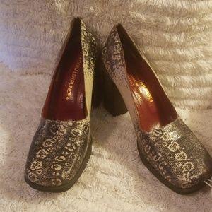 Donald J Pliner ladies shoes